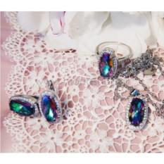 Комплект «Созвездие» с камнями-хамелеонами Сваровски