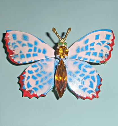 Винтажная брошь бабочка Снежная королева