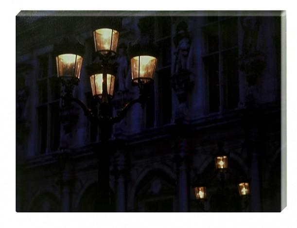 Постер с подсветкой