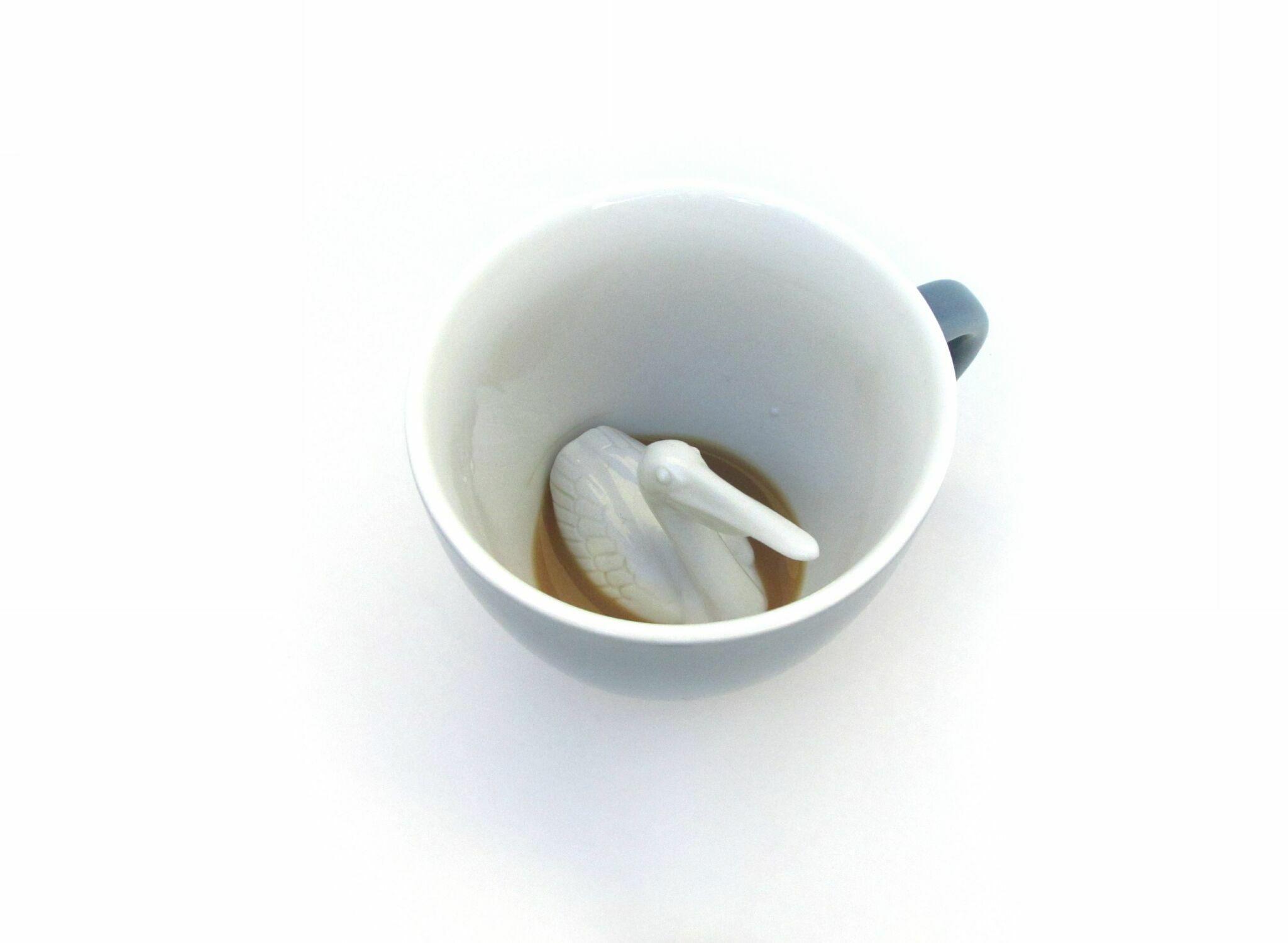Кружка с фигуркой пеликана внутри (450 мл)