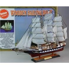 Декоративная модель парусника Belem (высота 50 см)