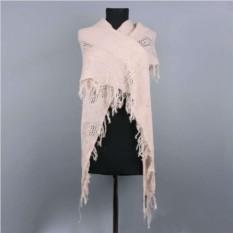 Треугольный бежевый зимний шарф Basile
