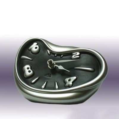 Часы Раздавленные Schiaccio