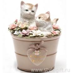 Музыкальная фарфоровая фигурка Котята в цветочном кашпо