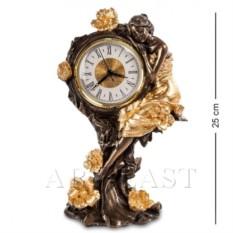 Часы ;Девушка и розы