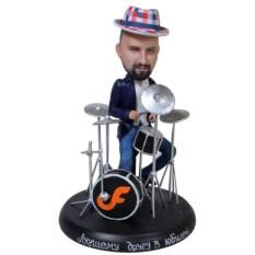 Статуэтка барабанщика по фото В зажигательном ритме