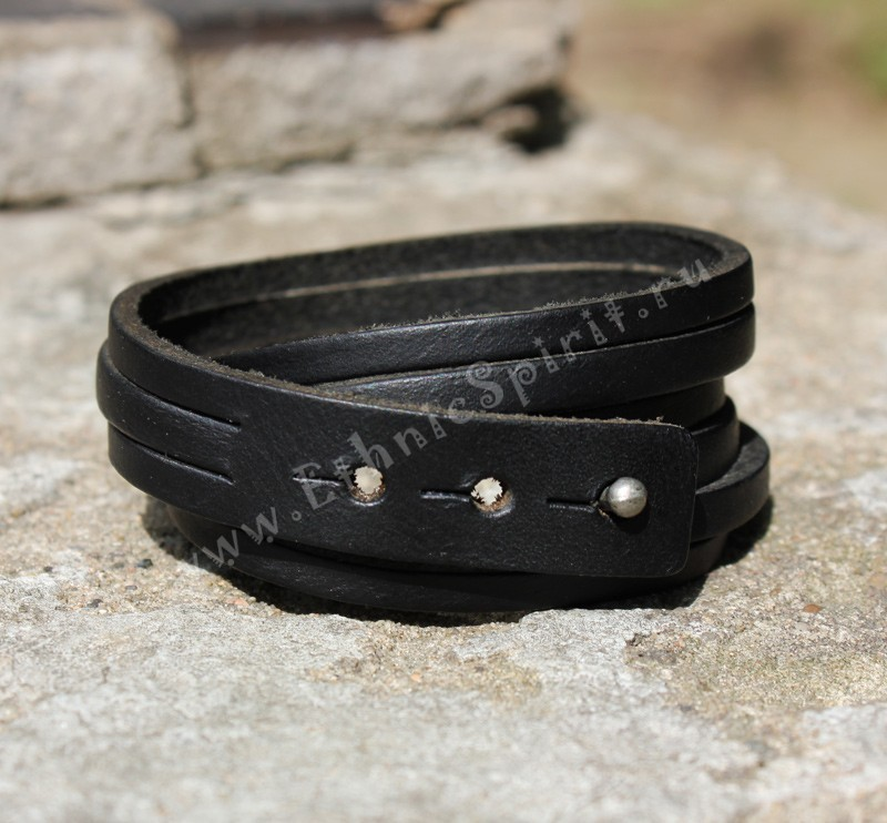 Классический кожаный браслет-обмотка из полос кожи