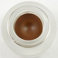 Гелиевая подводка для глаз коричневого цвета