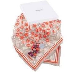 Женский набор Cacharel из брелока и шелкового шарфа