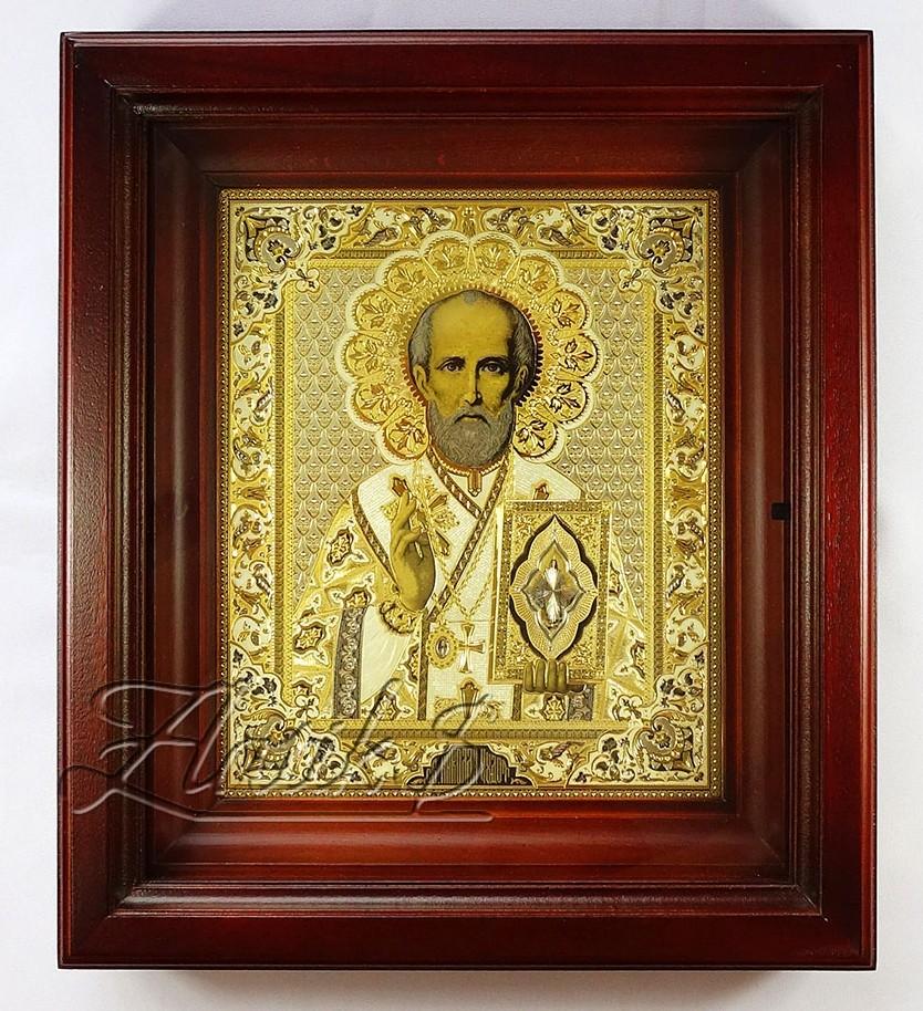 Икона Николая Чудотворца в киоте