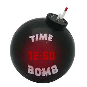 Будильник в виде бомбы Подъем замедленного действия