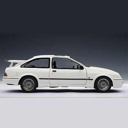 Модель Ford Sierra RS Cosworth