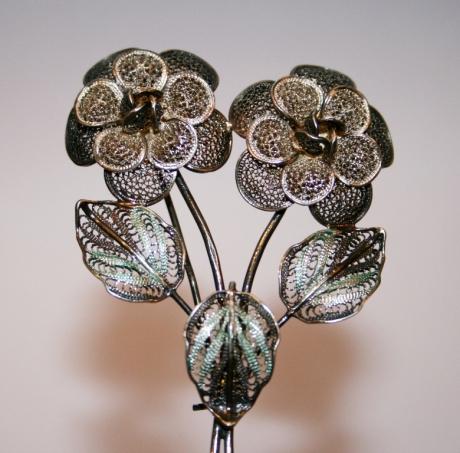 Брошь «Филигранные цветы»