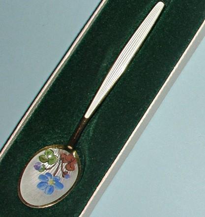 Антикварная серебряная ложечка DAVID-ANDERSEN