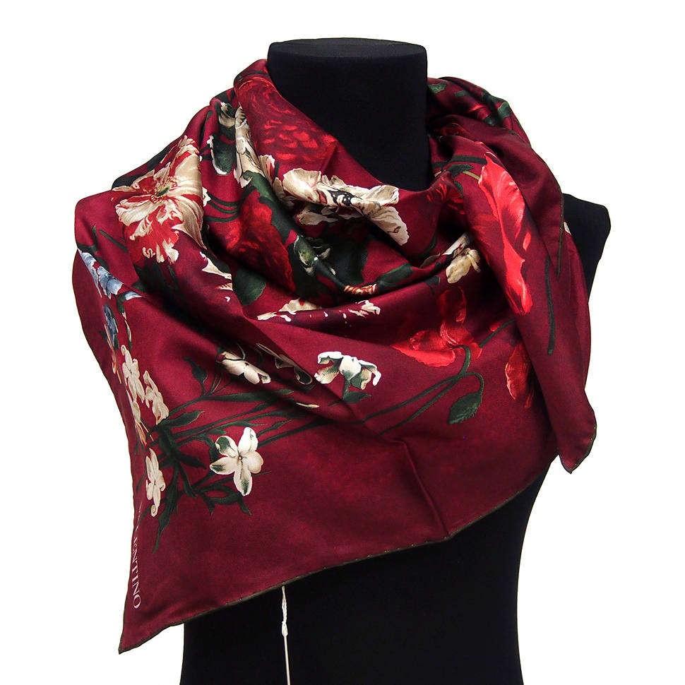 Оригинальный бордовый платок с цветочным узором Valentino