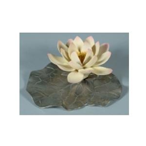 Цветок из фарфора «Лотос»