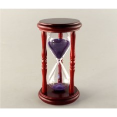 Часы песочные с фиолетовым песком на 5 минут