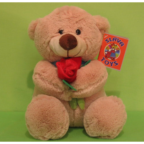 Медведь с розами