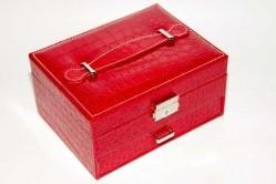 Шкатулка для бижутерии, красная