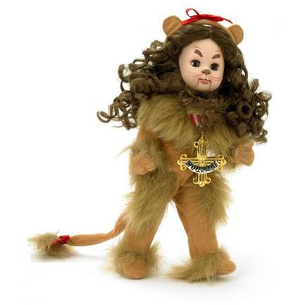 Трусливый лев с медалью за храбрость