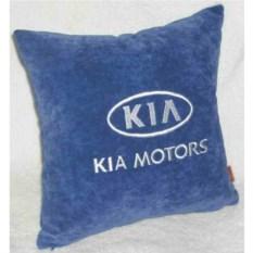 Синяя с белой вышивкой подушка Kia motors