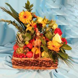 Корзина с фруктами и цветами «Лакшери»