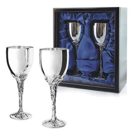 Набор из 2 бокалов для вина в подарочной коробке