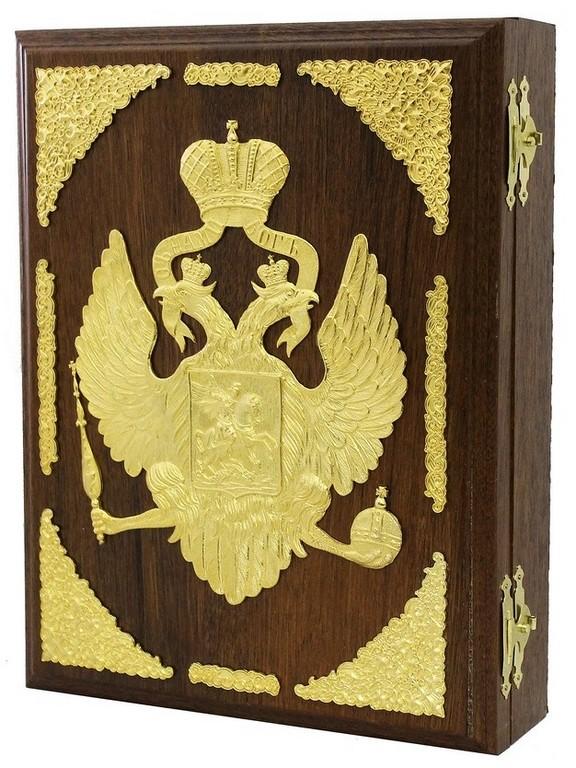 Подарочный футляр из дерева Двуглавый орел с бархатным ложементом