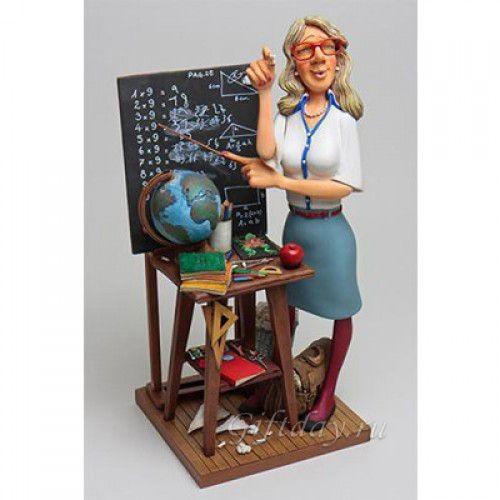 Статуэтка Учительница