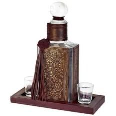 Штоф для водки в декоративном кожаном футляре