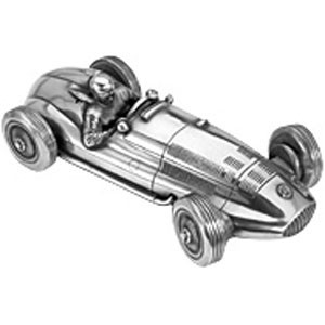 Скульптура-автомобиль Mercedes-Benz W165 Tripoli