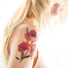 Татуировка переводная Sasha Unisex Poppies