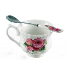 Чайный набор на одну персону из чашки и ложки