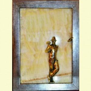 Картина Бронза сквозь камень: Мужчина с розой