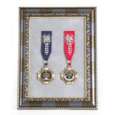 Ордена в багете Самым лучшим бабушке и дедушке