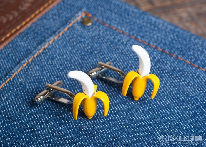 Запонки Банан