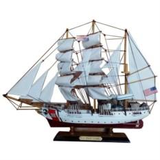 Корабль с белыми парусами U.S. COAST GUARD