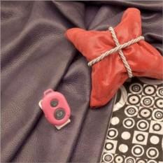 Розовый пульт для селфи Селфинатор