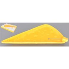 Тарелка для сыра с треугольной вилкой