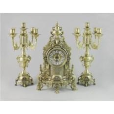 Бронзовые антикварные каминные часы и 2 канделябра