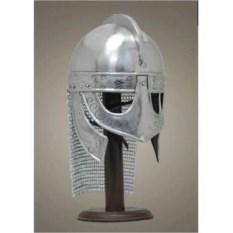 Шлем викинга с кольчужной защитой