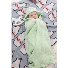Зеленое полотенце из муслина с капюшоном Любимый кроха