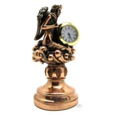 Статуэтка-знак зодиака Дева с часами