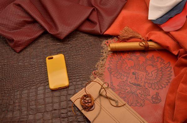 Чехол для iPhone 5 силиконовый TPU (желтый, глянцевый)