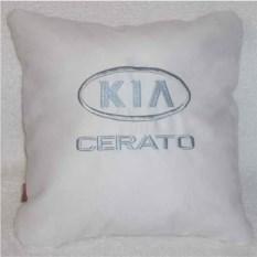 Белая подушка с серебряной вышивкой Kia cerato
