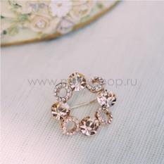 Брошь с кристаллами Сваровски цвета шампань Злата