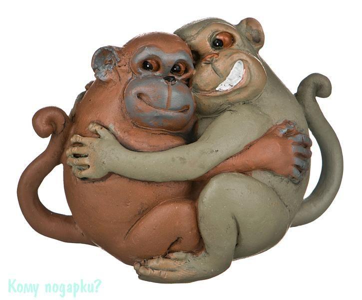 Фигурка «Обнимающиеся обезьяны» (8,5x6xx6 см)