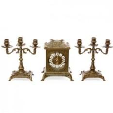 Бронзовые каминные часы и 2 канделябра на 3 свечи Ларец