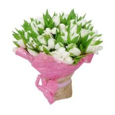 Букет из 55 тюльпанов