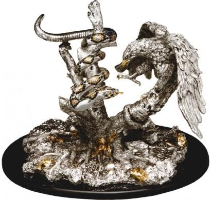 Скульптура Орел со змеей